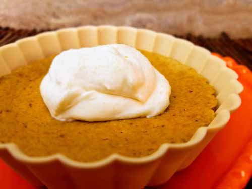 4 Net Carb Crustless Pumpkin Pie that is also Gluten Free. Single Serving Portion Control. #Keto #Thanksgiving #CrustlessPie #PumpkinPie #KetoThanksgiving