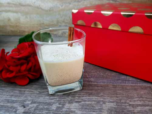 Keto Eggnog Recipe. You're going to love this low carb eggnog recipe. With both traditional and alcohol free eggnog options. We've also included ancestral eggnog recipe and a more modern cooked eggnog option in this recipe. Make your Keto Christmas more festive with this easy keto eggnog recipe. #Keto #KetoRecipe